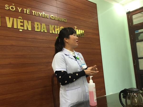 """30 cán bộ y tế của bệnh viện Đa khoa tỉnh Tuyên Quang được đào tạo """"Kiểm soát nhiễm khuẩn cho thành viên mạng lưới kiểm soát nhiễm khuẩn"""""""