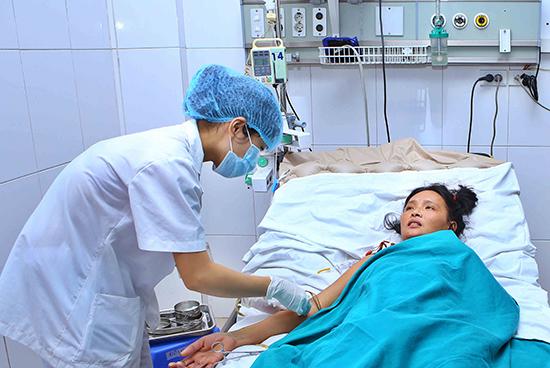 Tuyệt đối cấm dùng thuốc Aspirin và Ibuprofen khi bị sốt xuất huyết