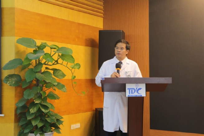 Sinh hoạt chuyên môn điều dưỡng với  giảng viên đại học azusa pacific - hoa kỳ