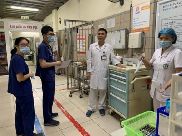 Cập nhật kỹ thuật Lọc máu hấp phụ cho các Bác sĩ chuyên ngành Hồi sức cấp cứu dành cho các Bệnh viện thuộc Đề án Bệnh viện Vệ tinh của Bệnh viện Bạch Mai