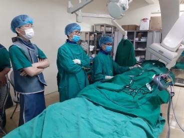 Bệnh viện Bạch Mai chuyển giao thành công kỹ thuật Tim mạch can thiệp cho Bệnh viện đa khoa tỉnh Thanh Hóa