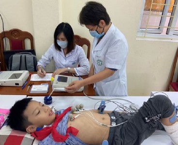 Hỗ trợ chuyên môn Siêu âm tim và khám sàng lọc tim Bẩm sinh  tại Bệnh viện đa khoa tỉnh Thanh Hóa